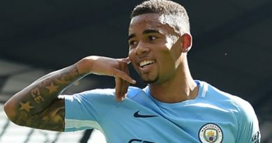 Jesus Signs New Man City Deal